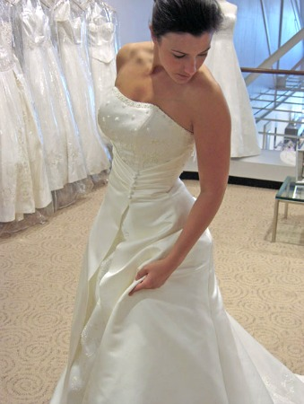 Wedding dress alterations are a good home business